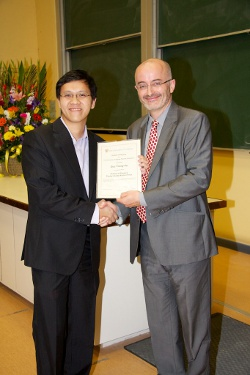 Dr. Trung Vo and Head of School, Prof Clive Baldock