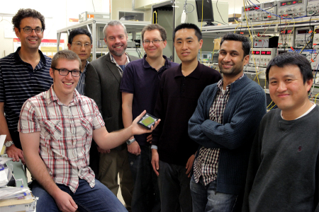 Pr. Ben Eggleton and his team around the chalcogenide photonic chip that enabled those results.